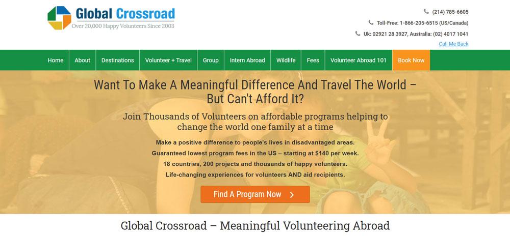 High school volunteer abroad with Global Crossroad