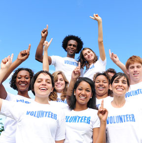volunteer abroad for teen and college students