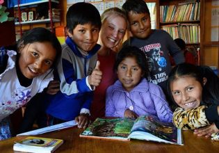 Teaching English in Ecuador - Over 20,000 Happy Volunteers since 2003