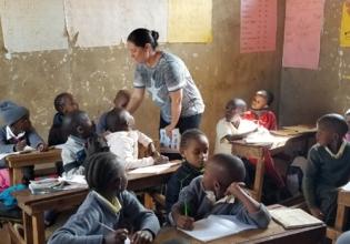 Teaching English in Kenya- Over 20,000 Happy Volunteers since 2003