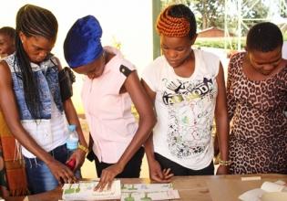 HIV/AIDS Support in Kenya - Over 20,000 Happy Volunteers since 2003