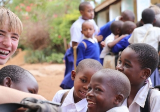 Teaching English in Uganda - Over 20,000 Happy Volunteers since 2003
