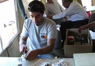 Medical in India - Over 20,000 Happy Volunteers since 2003