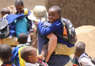 Volunteer with Underprivileged Children In South Africa-Trusted By 18000 Volunteers Since 1998