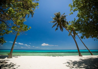 5 Days- 4 Night Short Stay Experience in Maldives