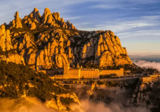 PRIVATE TOUR TO MONTSERRAT FROM BARCELONA