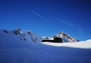 Private Day tour to Balea Lake, Avrig and Carta from Sibiu