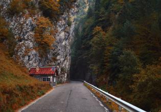 3 Days Tour in Transylvania: Peles& Dracula's Castle, Sighisoara & Salt Mine