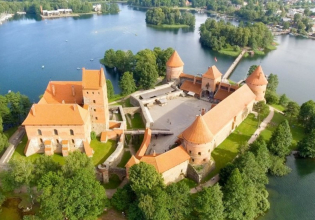 SMALL GROUP LITHUANIA IN 7 DAYS
