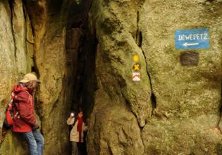 """""""Adventure Kuelscheier"""" Guided hike Consdorf"""